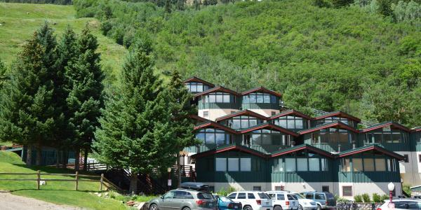 Shadow Mountain Vacation Rentals in Aspen
